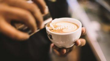 di-bella-coffee-736328-unsplash
